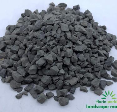 Dark Gray Crushed Rock 3/8""