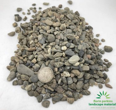"3/8"" Pea Gravel Natural"